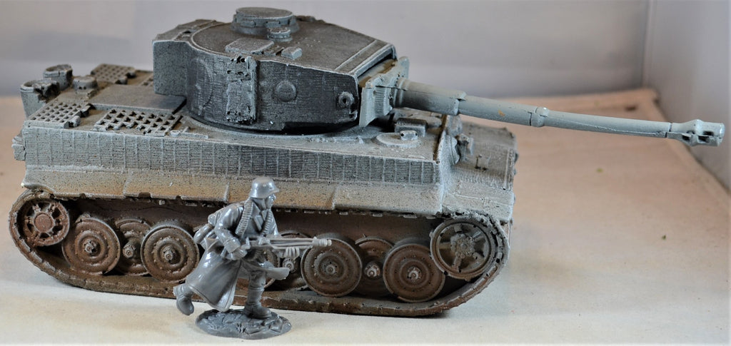 Atherton Scenics Hand Painted WWII German Tiger Tank