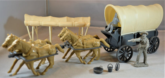 Classic Toy Soldiers Conestoga Wagon with Horses and Driver