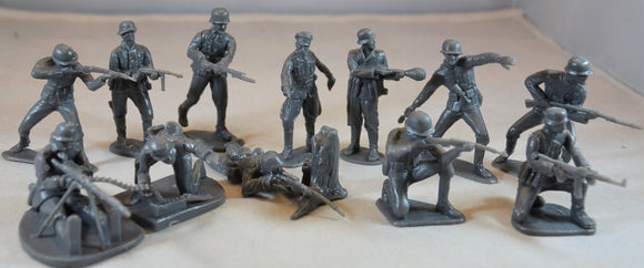Classic Toy Soldiers World War II German Infantry