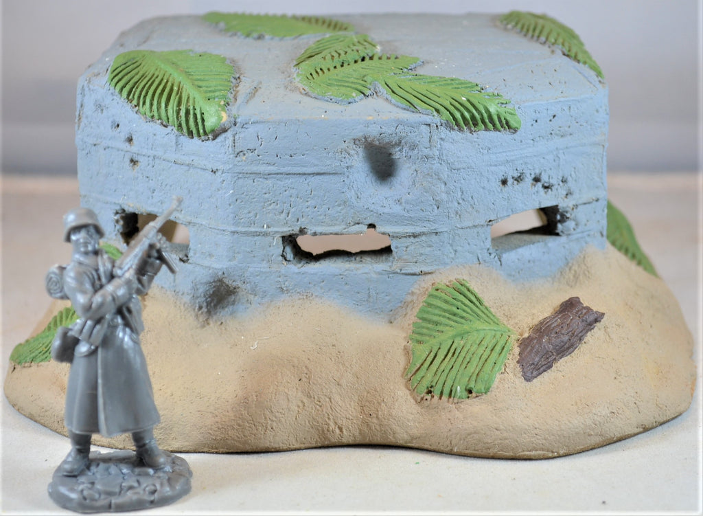 Classic Toy Soldiers World War II Japanese Painted Concrete Pillbox Bunker