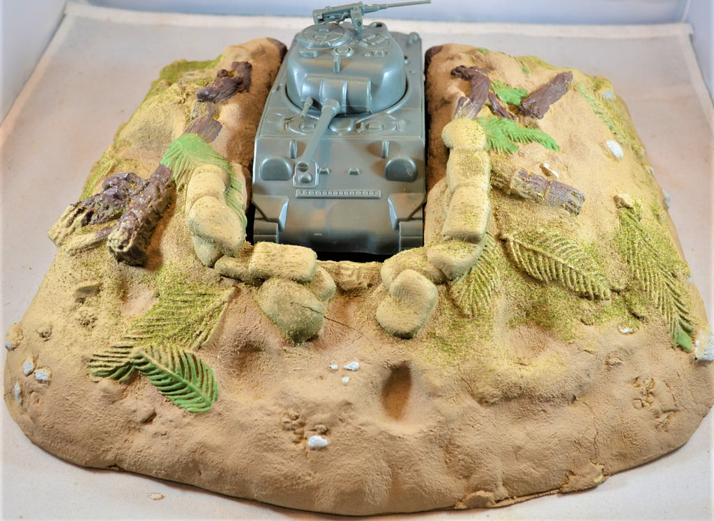 Classic Toy Soldiers World War II Tank Dug-in Defensive Position Bunker