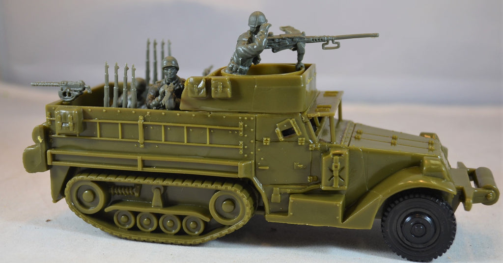 Classic Toy Soldiers World War II US M3 Half Trac Vehicle with 4-Man Crew
