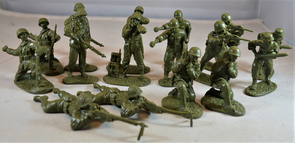 Classic Toy Soldiers World War II US Infantry Set 2 Green