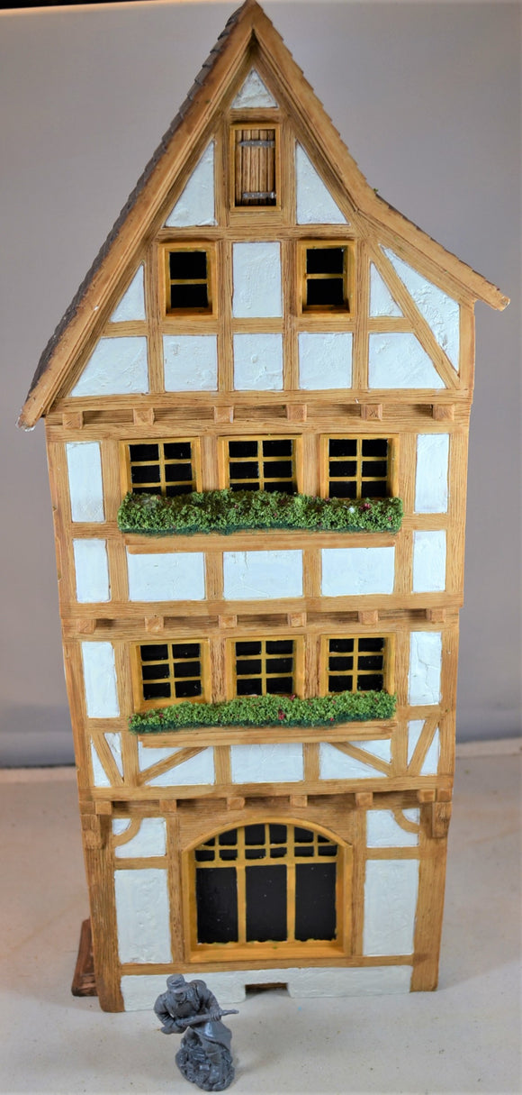Frontline Figures European German Half Timbered 3-Story Cottage House