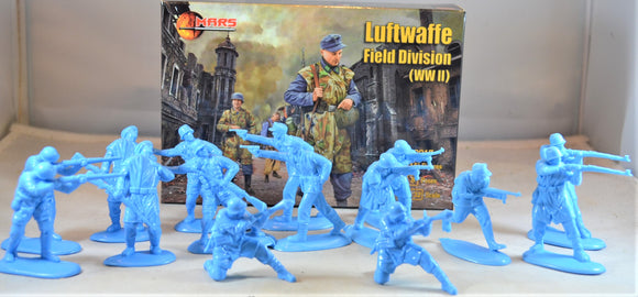 Mars WWII German Luftwaffe Field Division Troops Medium Blue