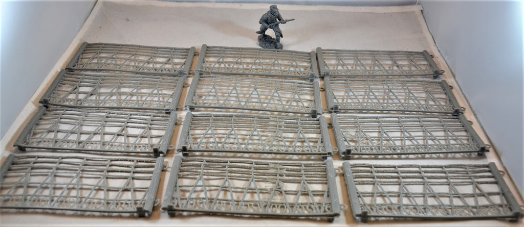 MPC WWII Barbed Wire Fence Sections
