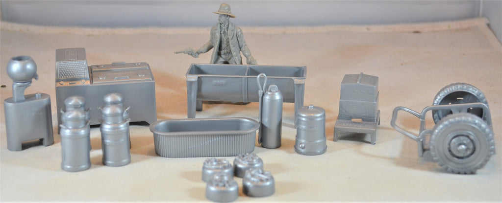Marx Dairy Farm Accessories and Equipment Silver