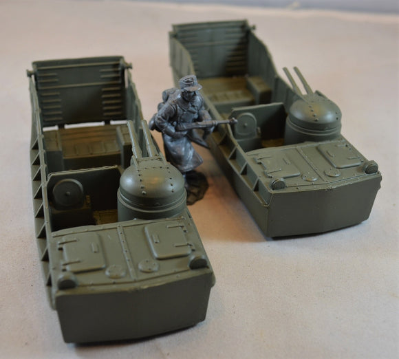 Marx WWII US Landing Craft Green