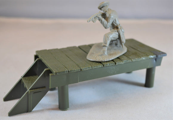 Marx Loading Dock Platform Green
