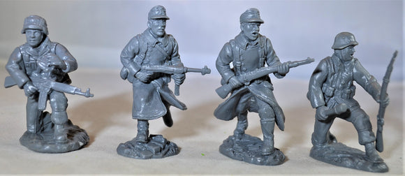 TSSD WWII German Infantry Add On 4 Piece Set #27B
