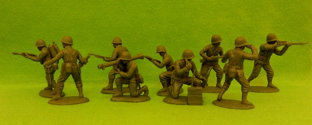 Expeditionary Force World War II US US Company HQ Section with Netted Helmets