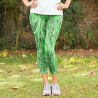 Green Floral Garden with Butterfly Pattern Women's Capri Leggings