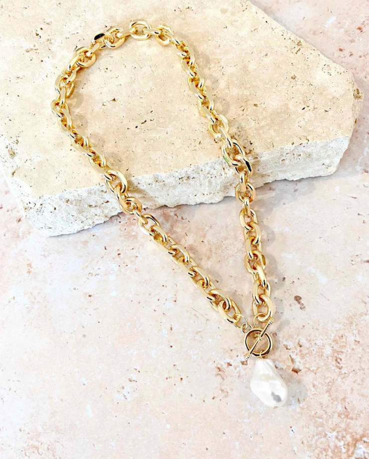 Flo Pearl Drop Chain Necklace
