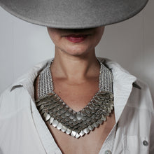 Load image into Gallery viewer, Metal Petal Necklace in Gold