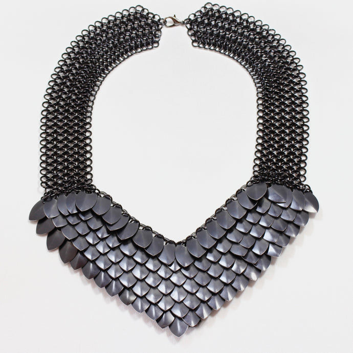 Metal Petal Necklace in Black