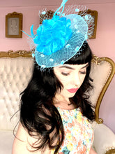Load image into Gallery viewer, Fascinator Disk Light Blue