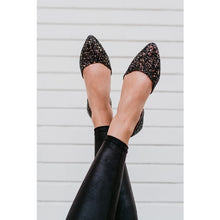 Load image into Gallery viewer, Rollasole Glitz & Glam Pointed Flats Black