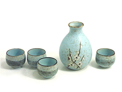Pale Green Plum Sake Set