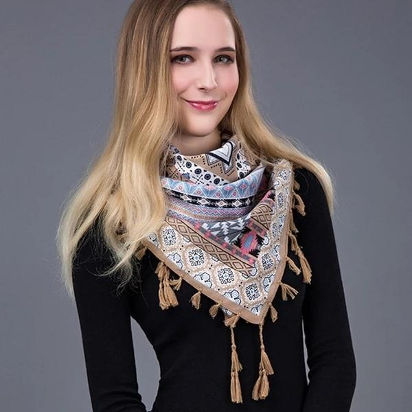 Beatrix 's Triangle Bandana Scarves