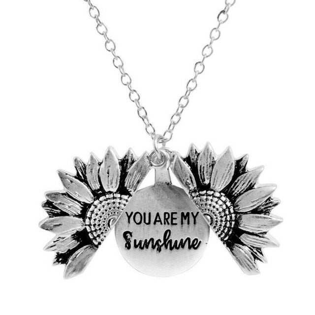 Sunflower Double-Layer Short Necklace