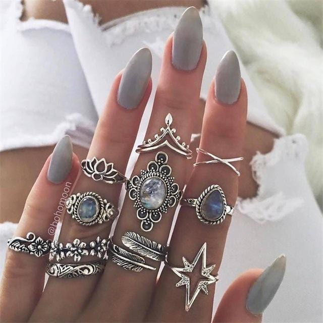 Nalani's Fashion Silver Stone Ring