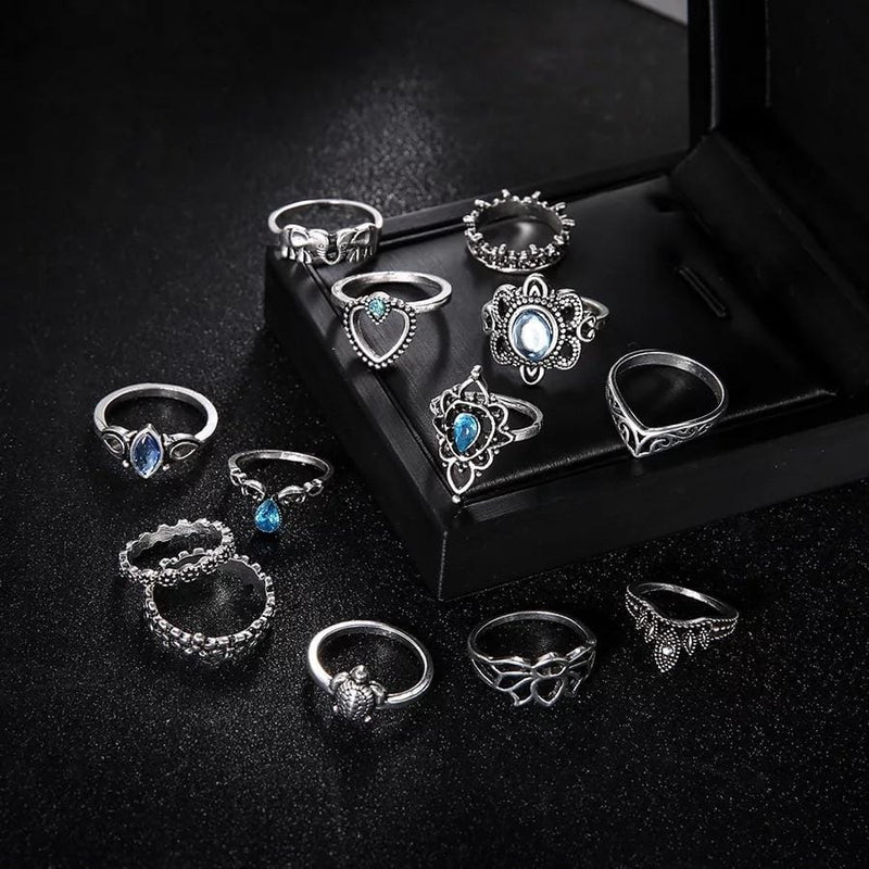 Lea's Flower Crystal Vintage Rings