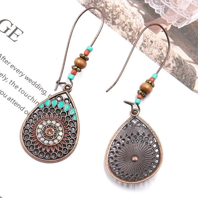 Annalee's Ethnic Hollow Out Earring