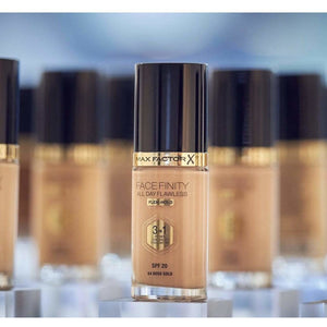 Max Factor Foundation Max Factor Face Finity All Day Flawless 3-in-1 Foundation give us beauty Grainne McCoy Makeup Artist