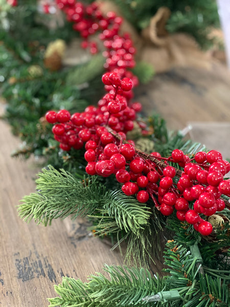 6 foot Christmas berry Garland