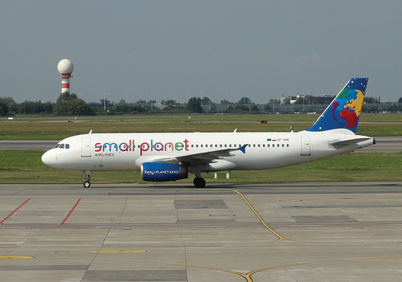 Photo Transport: Airbus A320-200 Small Planet Airlines (Poland) WAW - top quality approved by www.postcardsmarket.com specialists