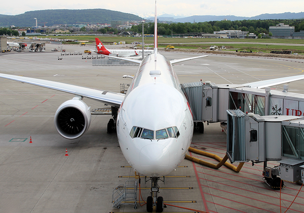 Boeing 777-300 Swiss International Airlines ZRH