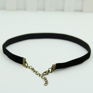 Retro Black Velvet Choker