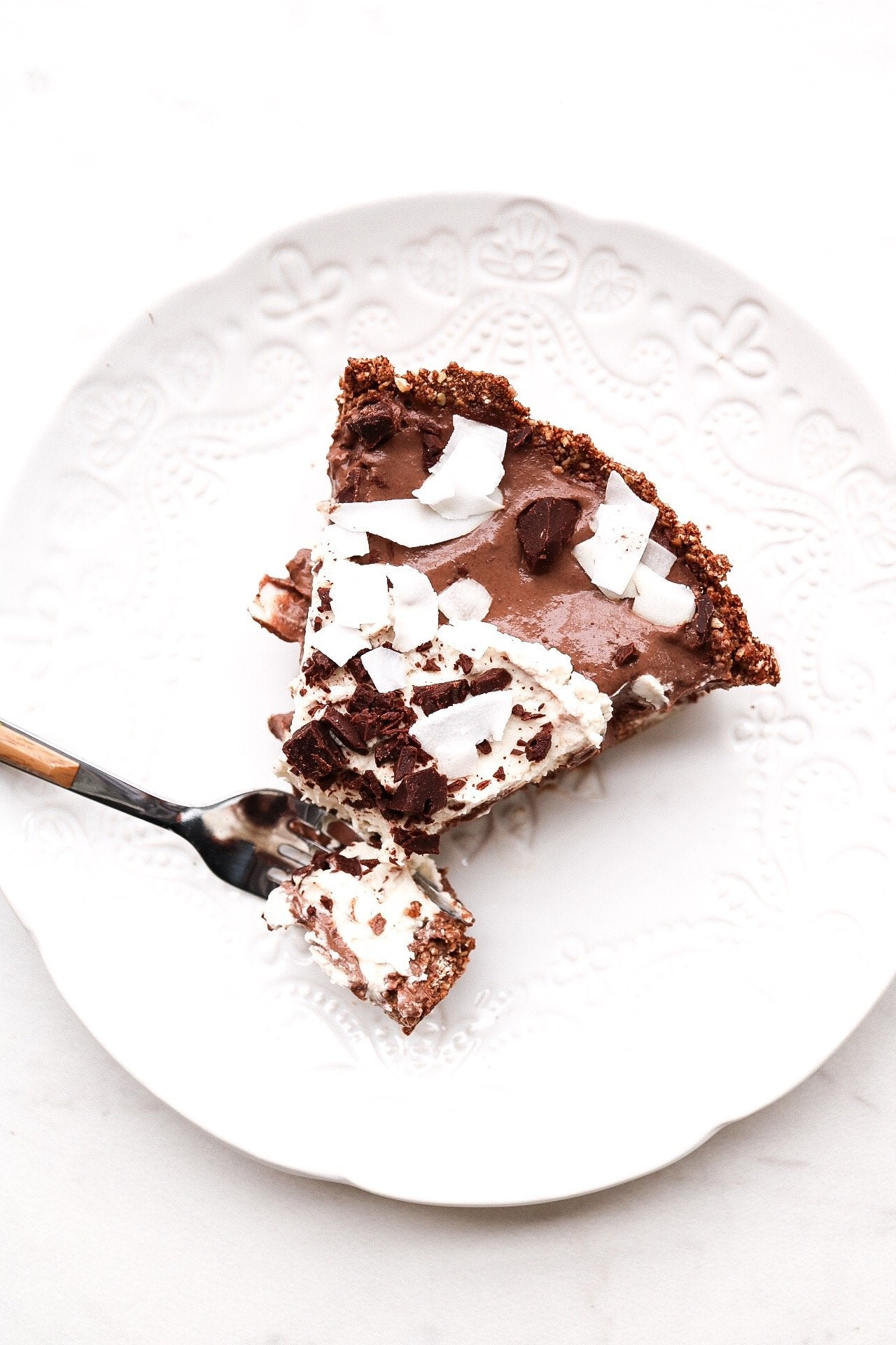 Chocolate Coconut Cream Pie (Vegan & Gluten Free!) Article