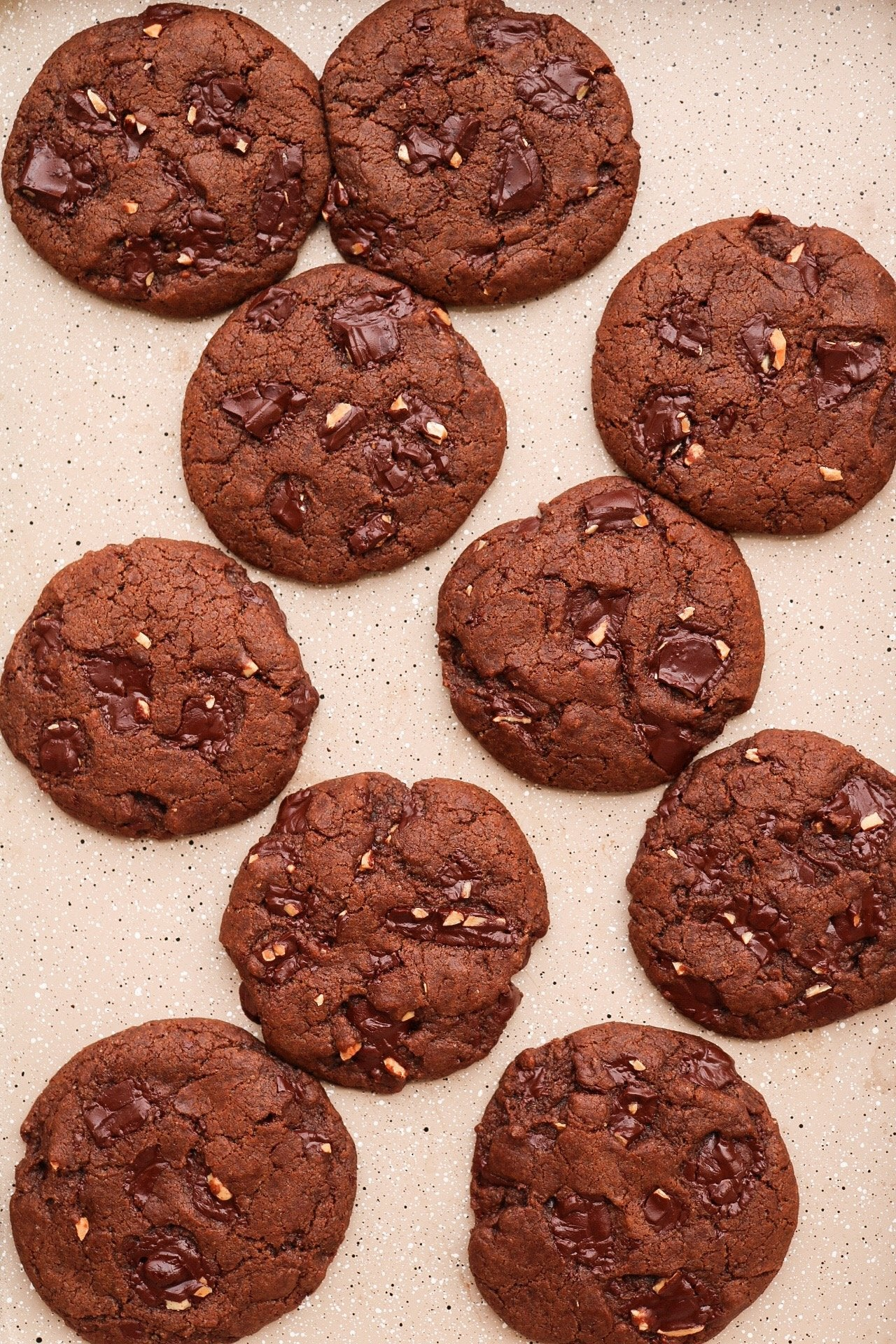 SALTED ALMOND DOUBLE CHOCOLATE CHIP COOKIES Article