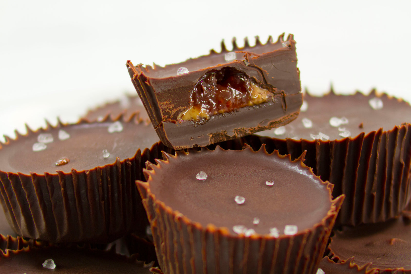 Low-Sugar, Paleo Friendly Almond Butter Cups Article