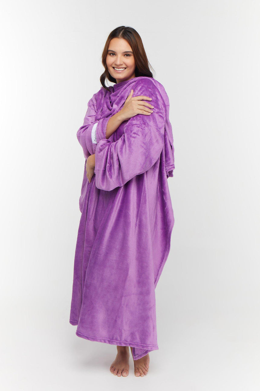Regular Design No. 502 - Bleeves | Wearable Blanket with Sleeves