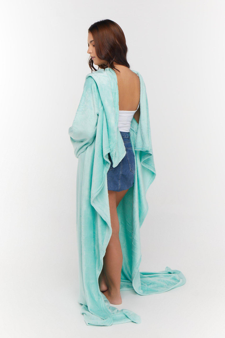 Xtra Long Design No. 501 - Bleeves | Wearable Blanket with Sleeves