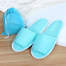 Load image into Gallery viewer, Men's Classic Home Away From Home Disposable Slippers.