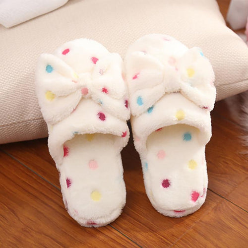Women's Polka Dot Slippers With A Bow.