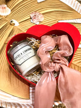 Load image into Gallery viewer, 1 of 89gr (20hrs) Habitatku Luxury Collection Candle & Satin Scrunchie with Heart Box Packaging