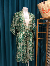 Load image into Gallery viewer, Deep Green Hand Stamped Batik Silk Kimono