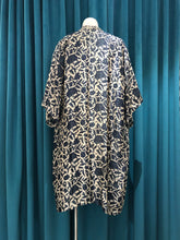 Load image into Gallery viewer, Grey Hand Stamped Batik Silk Kimono