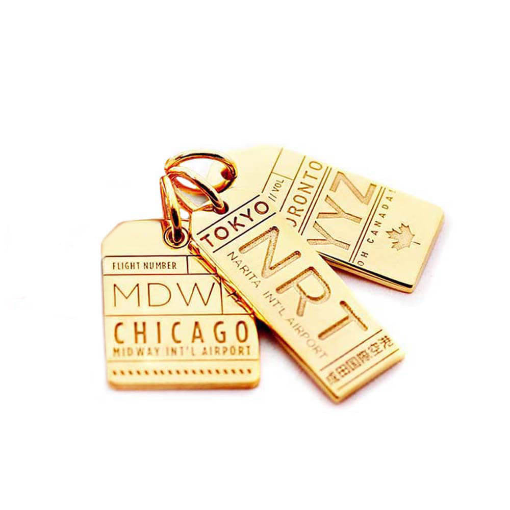 GOLD LUGGAGE TAG BUNDLE WITH 3 CHARMS