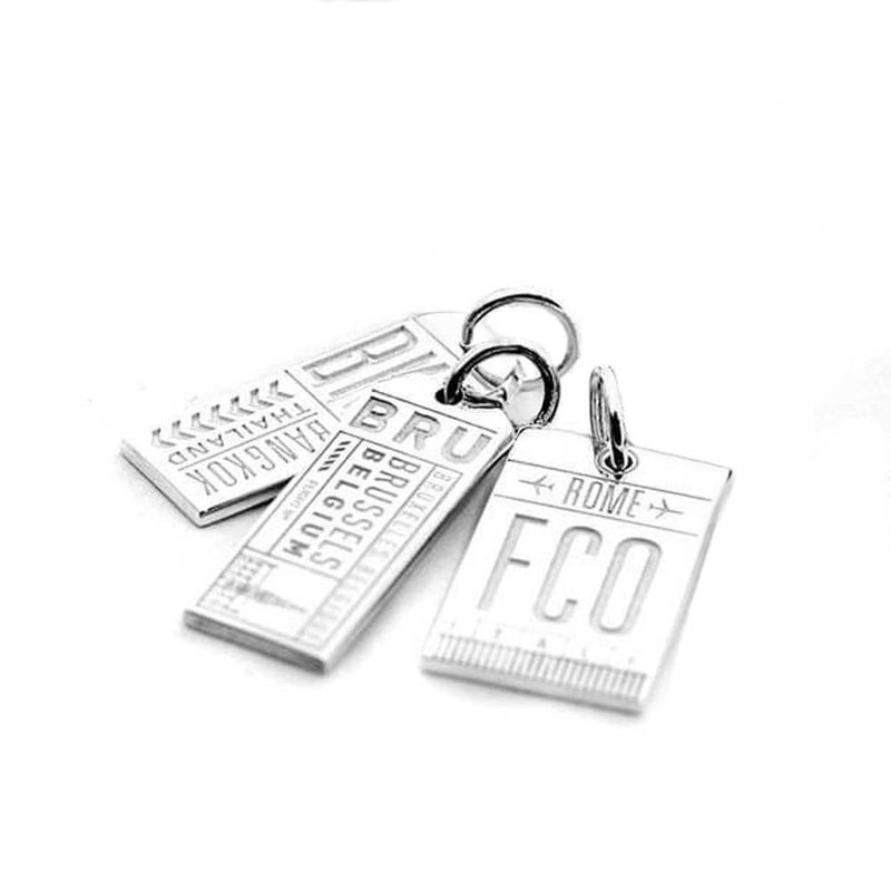 SILVER LUGGAGE TAG BUNDLE WITH 3 CHARMS