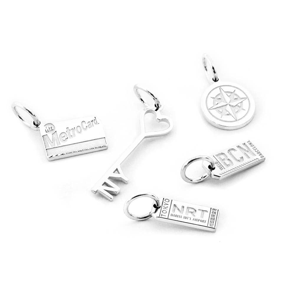 SILVER MINI BUNDLE WITH 5 CHARMS