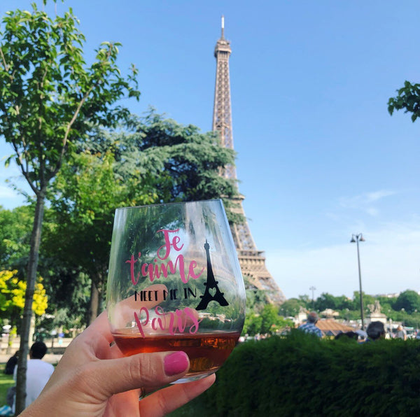 Je T'aime Paris, I love Paris glass, Paris wine glass, Meet me in Paris, Eiffel Tower Glass, cute Paris gift, Paris themed gift, Paris Glass