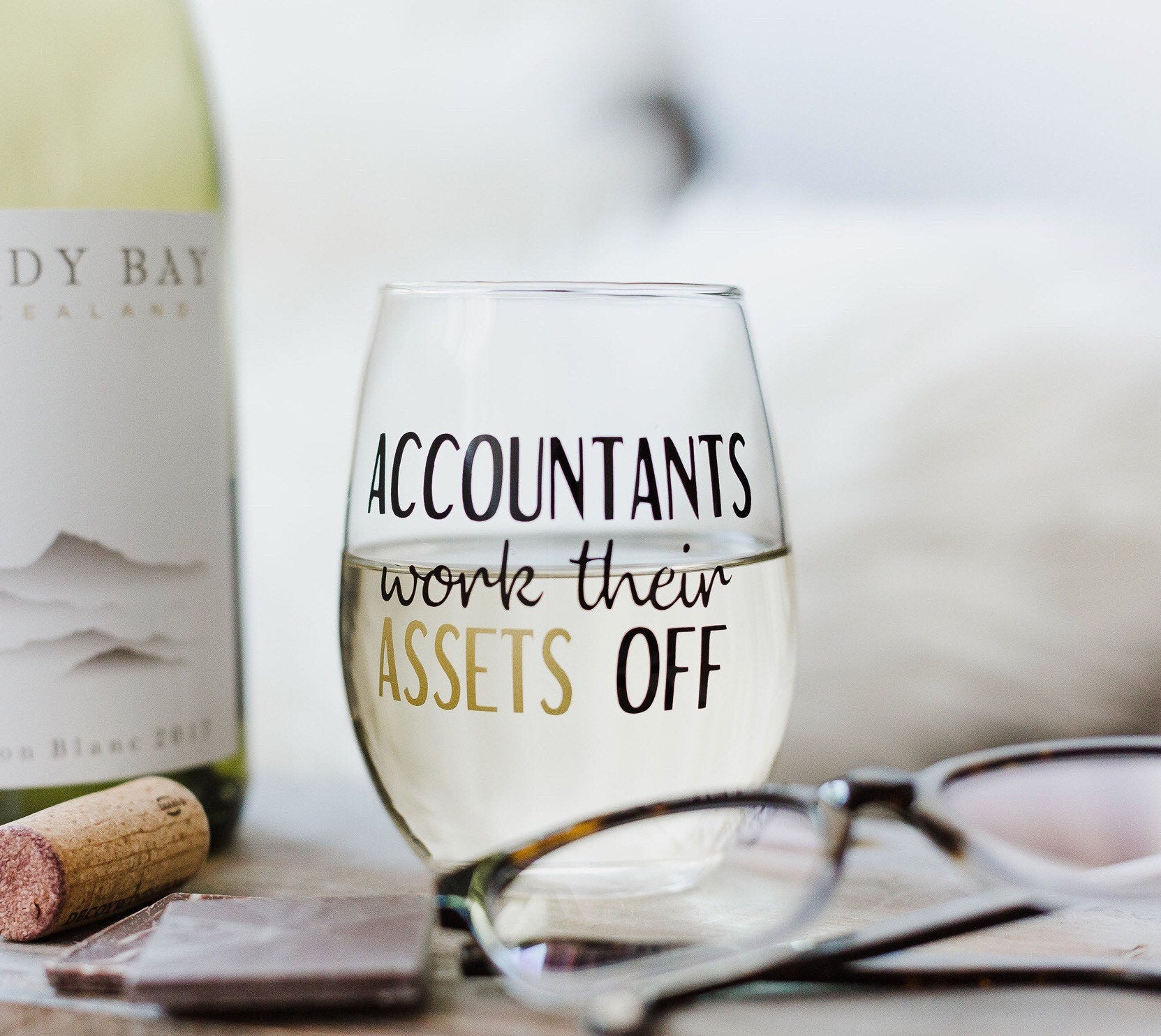 Accountants work their ASSETS off wine glass, Accountants wine glass, funny Accountants gift, funny Accountants glass, CPA glass, CPA gift,