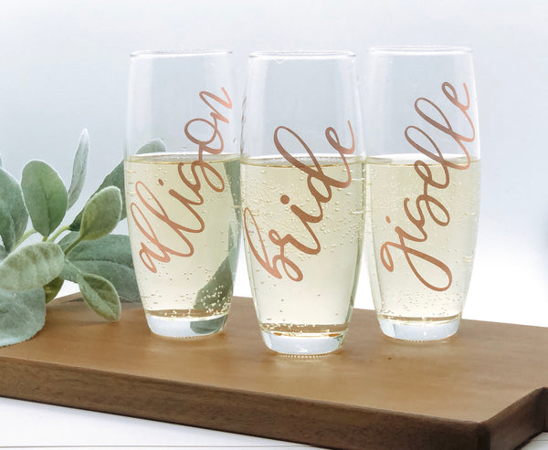 Personalized champagne flute, bridal party glasses, bridesmaid champagne glasses, Birthday Champagne flute, Personalized wine flute, bride