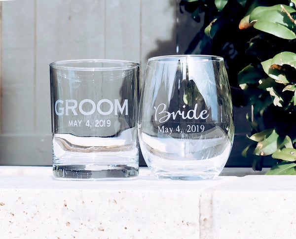 Engagement gift for couple, engagement glasses for couple, Bride and Groom engagement gift, gift for wedding couple, wedding gift, bridal