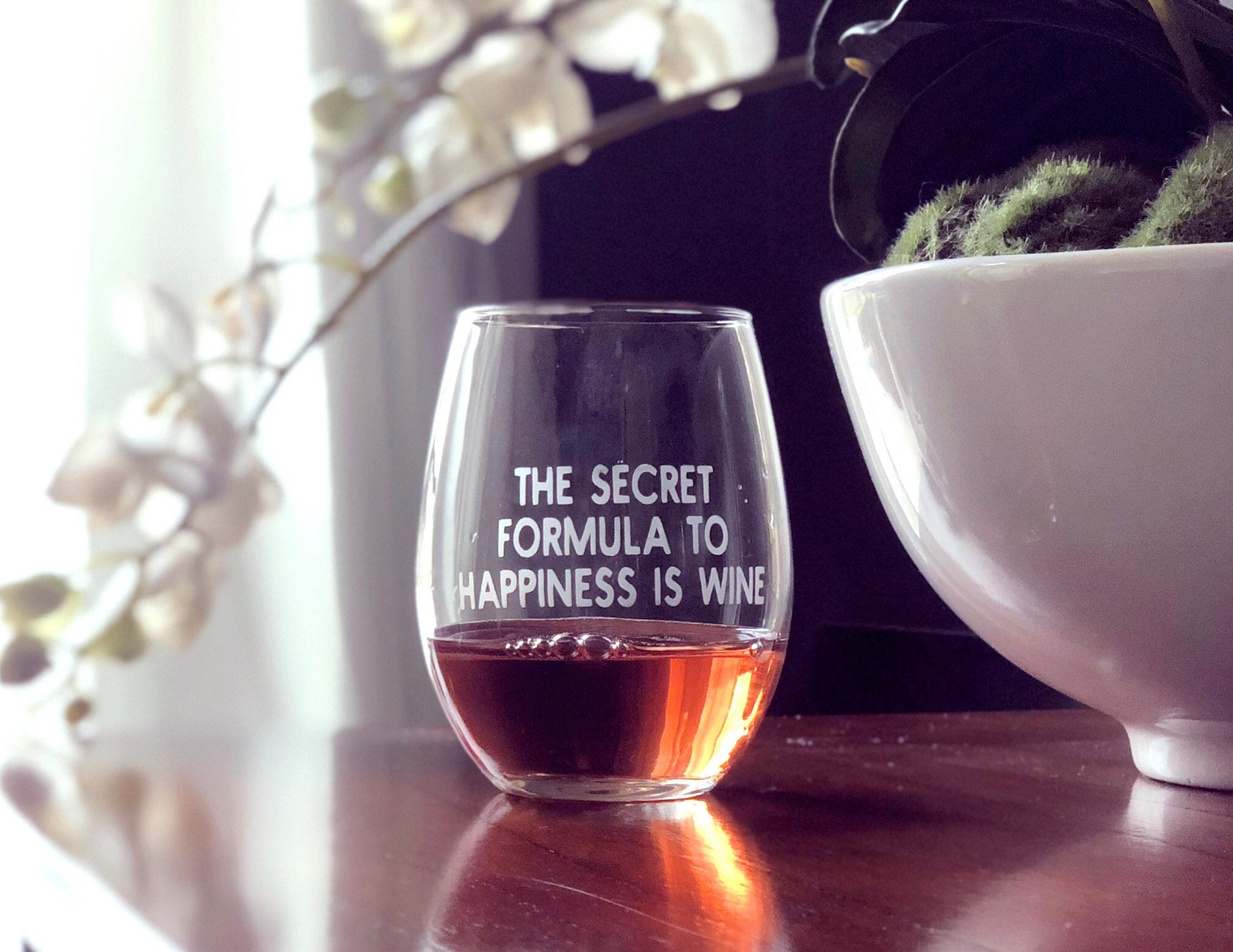 Witty wine glass, Snarky wine glass, snarky friends gift, funny wine glass, the secret to happiness is wine, winelover present , Mothers Day
